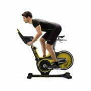 HZ18_MDPROD_GR7 indoor cycle w-console_male run position_profile